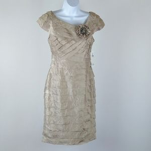 NWT London Times cocktail dress size 4
